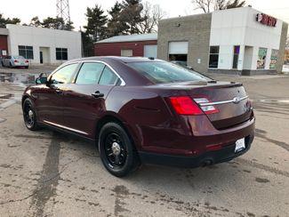 2017 Ford Taurus AWD Police Osseo, Minnesota 4