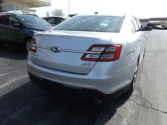 2017 Ford Taurus SEL Warsaw, Missouri 11