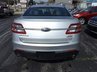 2017 Ford Taurus SEL Warsaw, Missouri 4