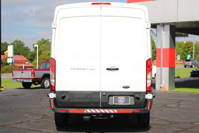 "2017 Ford Transit Van 250 MEDIUM ROOF 148"" VMI WHEELCHAIR LIFT! Mooresville , NC 19"