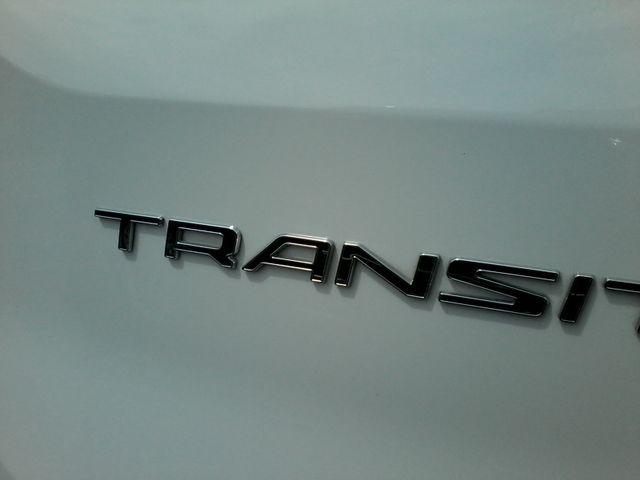 2017 Ford Transit Wagon 15 passg. XLT mid roof San Antonio, Texas 6