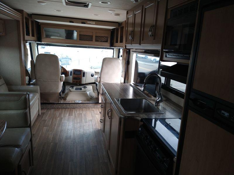 2017 Thor Ace 303  city FL  Manatee RV  in Palmetto, FL