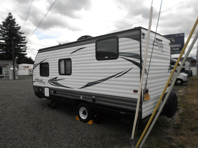 2017 Forest River Salem Cruse Lite 175BH Salem, Oregon 3