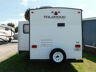 2017 Forest River Wildwood 27RKSS  city Florida  RV World of Hudson Inc  in Hudson, Florida