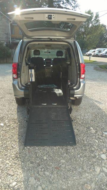 2017 Fr Conversions Dodge Grand Caravan Wheelchair Accessible Van Alliance, Ohio 7