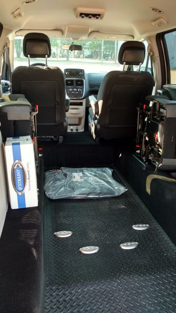 2017 Fr Conversions Dodge Grand Caravan Wheelchair Accessible Van Alliance, Ohio 19