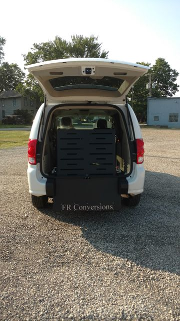 2017 Fr Conversions Wheelchair Accessible Van Alliance, Ohio 1