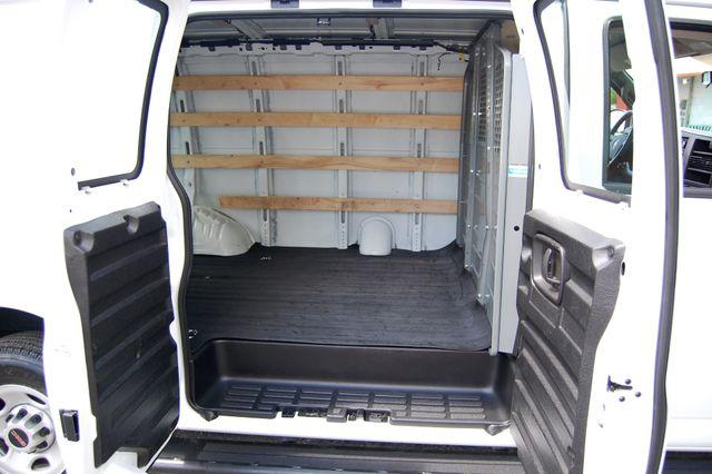 2017 GMC G2500 Cargo Van Charlotte, North Carolina 9