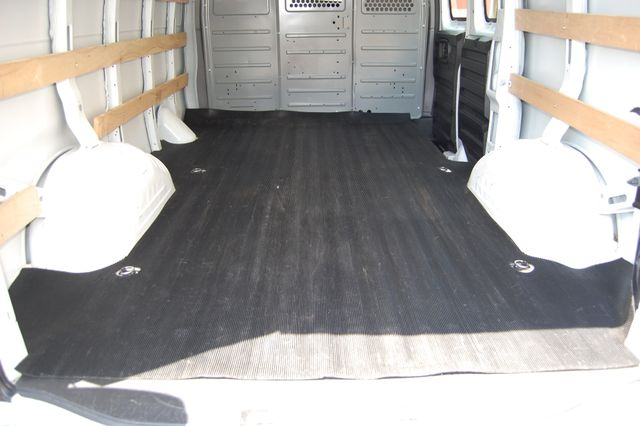 2017 GMC G2500 Cargo Van Charlotte, North Carolina 12