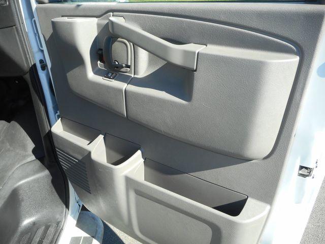 2017 GMC Savana Cargo Van New Windsor, New York 19
