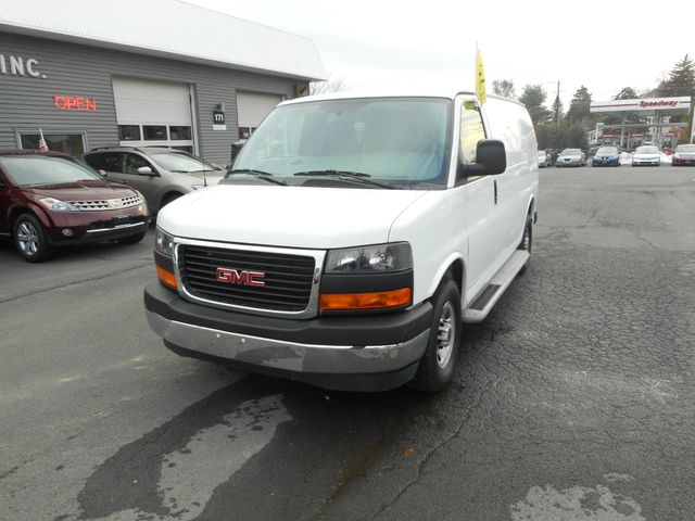 2017 GMC Savana Cargo Van New Windsor, New York 11