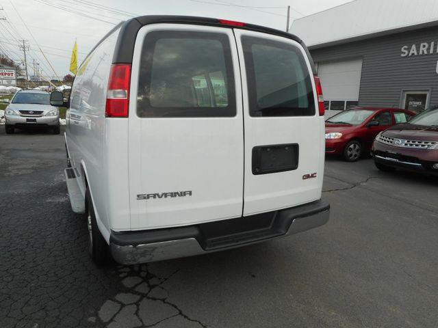 2017 GMC Savana Cargo Van New Windsor, New York 3