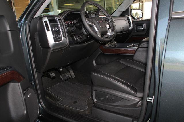"2017 GMC Sierra 1500 SLT PREMIUM EDITION Crew Cab 4x4 Z71- 20"" WHEELS! Mooresville , NC 27"