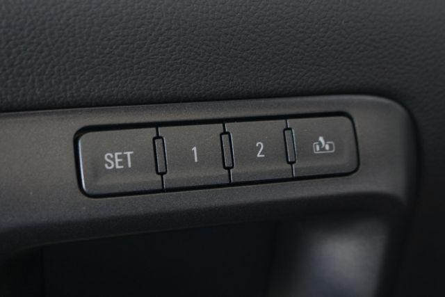 "2017 GMC Sierra 1500 SLT PREMIUM EDITION Crew Cab 4x4 Z71- 20"" WHEELS! Mooresville , NC 38"