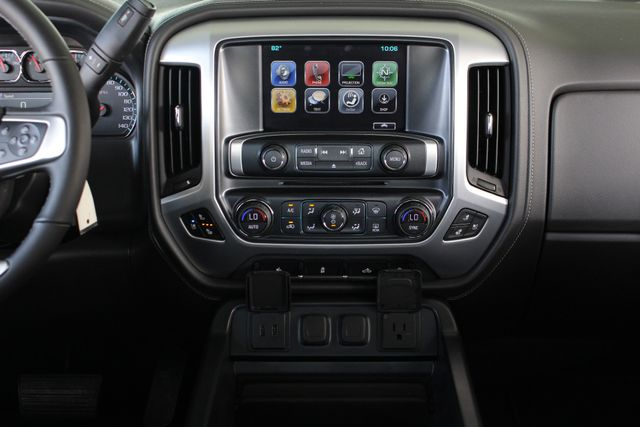 "2017 GMC Sierra 1500 SLT PREMIUM EDITION Crew Cab 4x4 Z71- 20"" WHEELS! Mooresville , NC 8"