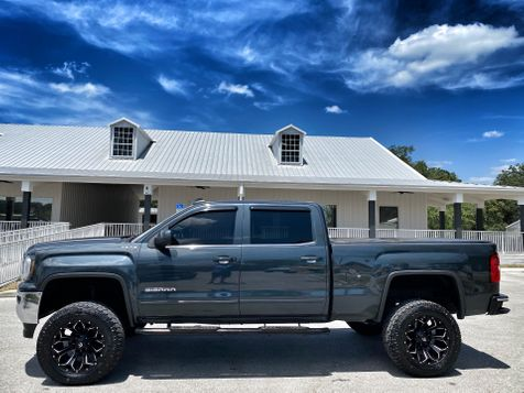2017 GMC Sierra 1500 LIFTED LEATHER CREW-CAB 4X4 V8 FUEL in Plant City, Florida