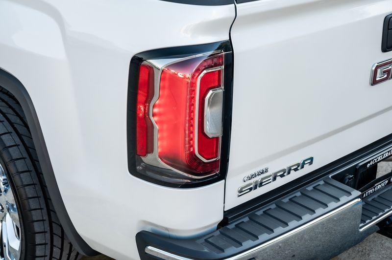 2017 GMC Sierra 1500 5.3L SLT LEATHER NAV LOW MILES 1-OWNER CLEAN CRFX in Rowlett, Texas