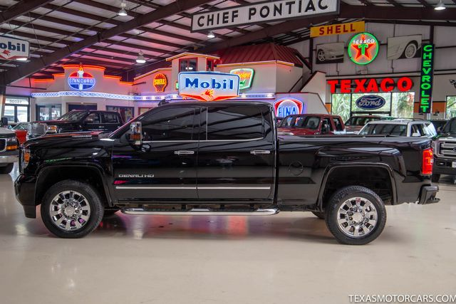 2017 GMC Sierra 2500HD Denali 4x4 in Addison, Texas 75001