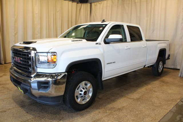 2017 GMC Sierra 2500HD Long Bed Diesel 4x4 SLE in Roscoe IL, 61073