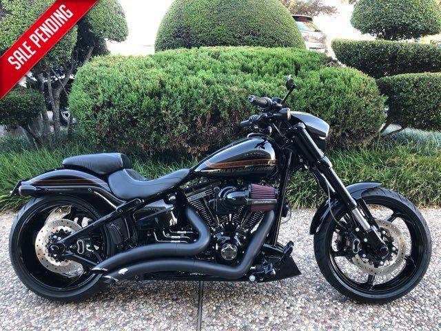 2017 Harley-Davidson CVO Pro Street Breakout CVO™ Pro Street Breakout®