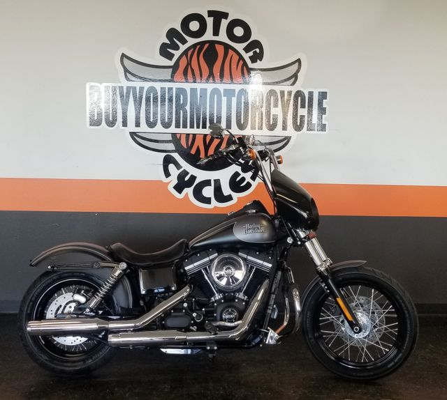2017 Harley-Davidson Dyna® Street Bob® in Arlington, Texas 76010