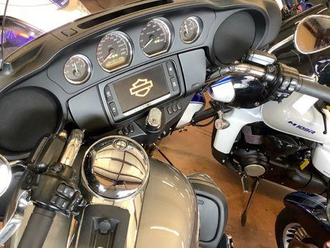 2017 Harley-Davidson FLHTCU Ultra Classic   - John Gibson Auto Sales Hot Springs in Hot Springs, Arkansas