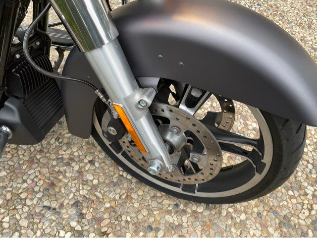 2017 Harley-Davidson FLHXS Street Glide in McKinney, TX 75070