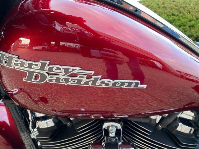 2017 Harley-Davidson FLHXS Street Glide Special in McKinney, TX 75070