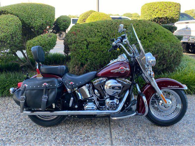 2017 Harley-Davidson FLSTC Heritage Softail Classic