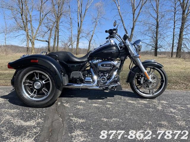 2017 Harley-Davidson FREEWHEELER TRIKE FLRT FREEWHEELER TRIKE in Chicago, Illinois 60555