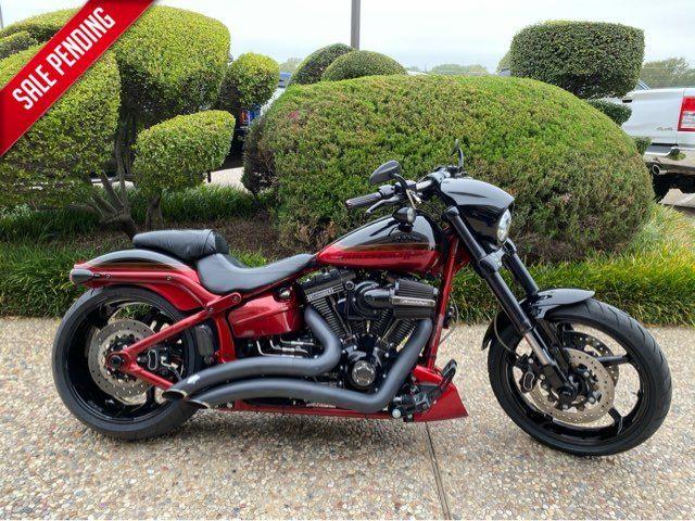 2017 Harley-Davidson FXSBSE CVO Pro Street Breakout