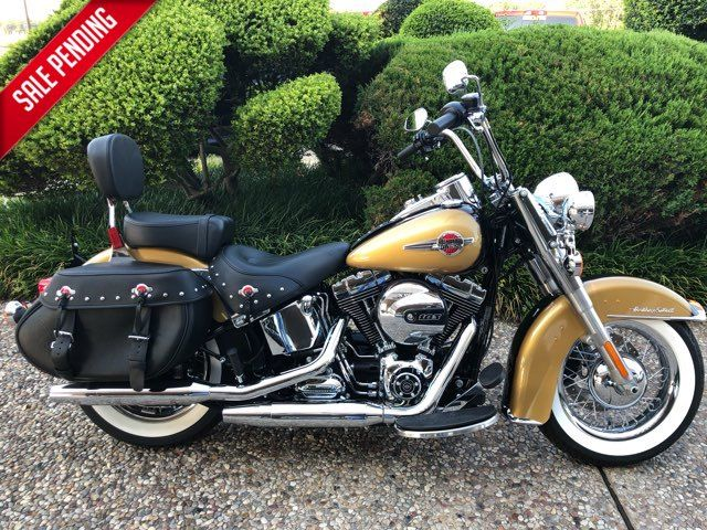 2017 Harley-Davidson Heritage Softail Classic ** 193 Miles