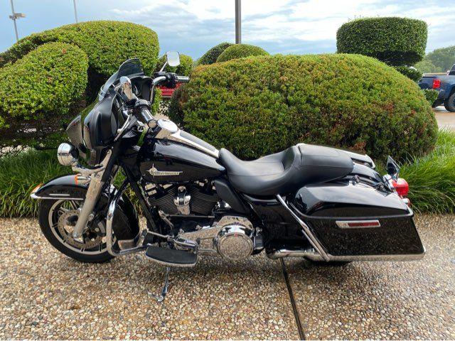 2017 Harley-Davidson Police Electra Glide FLHTP in McKinney, TX 75070