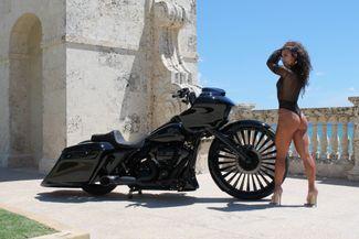 2017 Harley Davidson Road Glide FLTRX Boynton Beach, FL 3