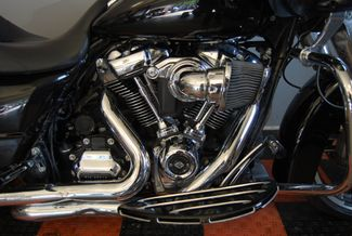 2017 Harley-Davidson Road Glide® Base Jackson, Georgia 4