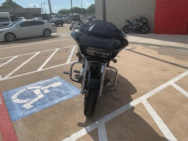 2017 Harley-Davidson Road Glide in McKinney, TX 75070