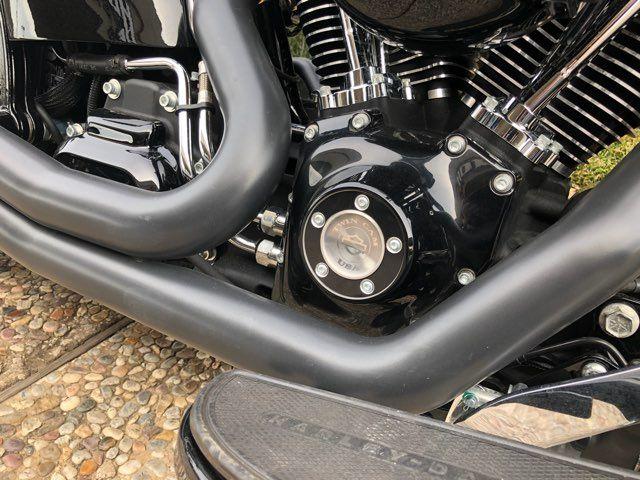 2017 Harley-Davidson S-Series Slim® *** ONLY 565 MILES *** in McKinney, TX 75070