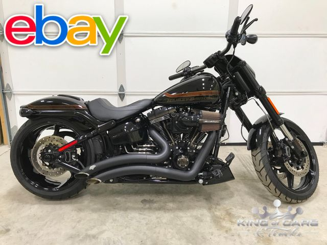 2017 Harley-Davidson Softail Breakout CVO SCREAMIN EAGLE 110 LIKE NEW ONLY 160 MILES