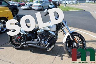 2017 Harley-Davidson Softail® Breakout® | Granite City, Illinois | MasterCars Company Inc. in Granite City Illinois