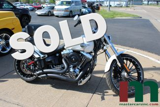 2017 Harley-Davidson Softail® Breakout® | Granite City, Illinois | MasterCars Company Inc. in Granite City Illinois