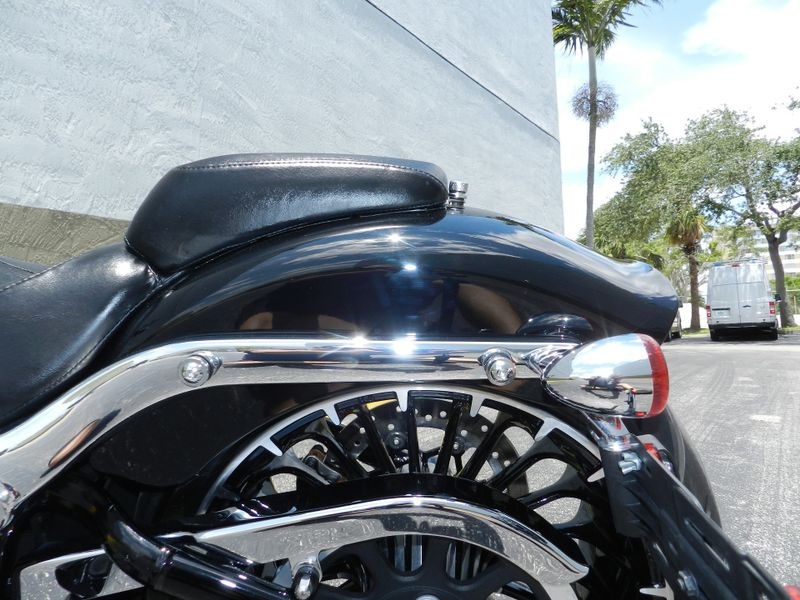 2017 Harley-Davidson Softail Breakout FXBR LIKE NEW Only 1515 miles  city Florida  MC Cycles  in Hollywood, Florida