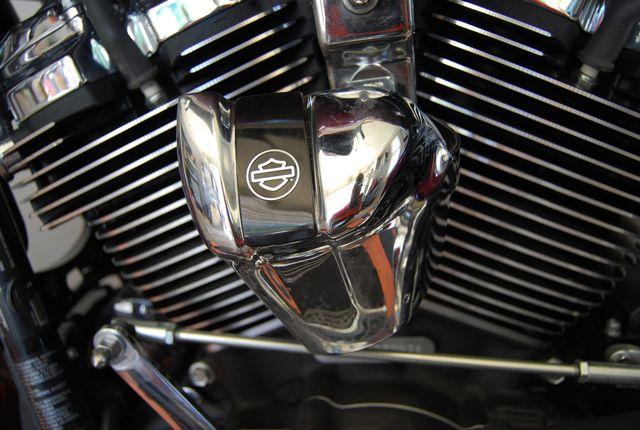 2017 Harley-Davidson Street Glide® Base Jackson, Georgia 19