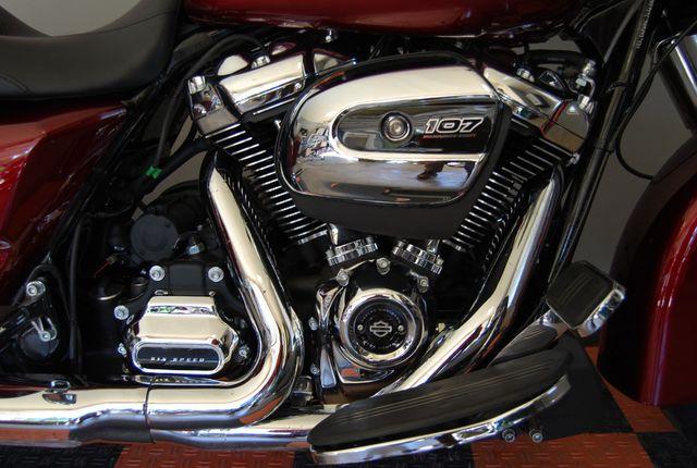2017 Harley-Davidson Street Glide® Base Jackson, Georgia 7