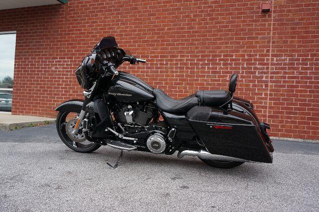 2017 Harley-Davidson Street Glide® CVO™ Street Glide®