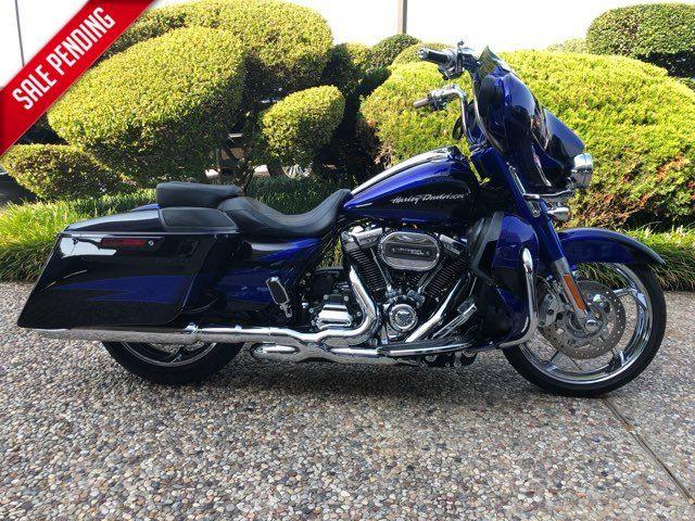 2017 Harley-Davidson CVO Street Glide CVO™ Street Glide®