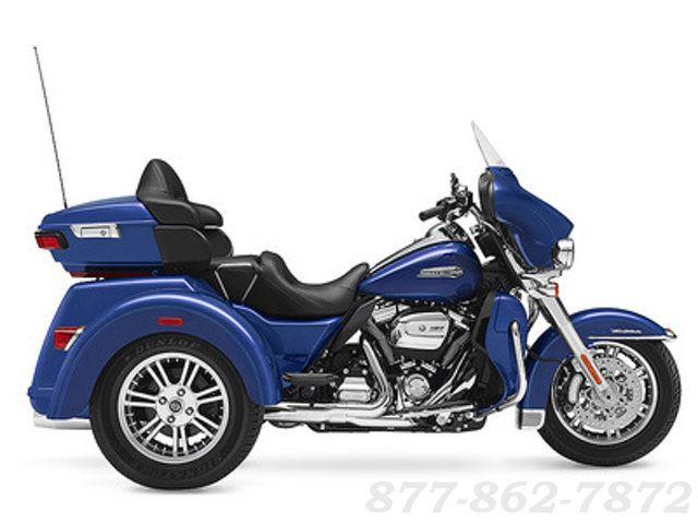 2017 Harley-Davidson TRI-GLIDE ULTRA CLASSIC TRIKE FLHTCUTG TRI-GLIDE ULTRA Chicago, Illinois 0