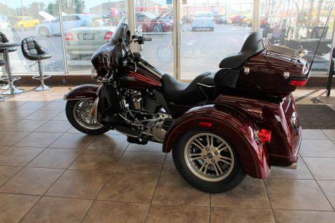 2017 Harley-Davidson Trike Tri Glide® Ultra   Granite City, Illinois   MasterCars Company Inc. in Granite City, Illinois