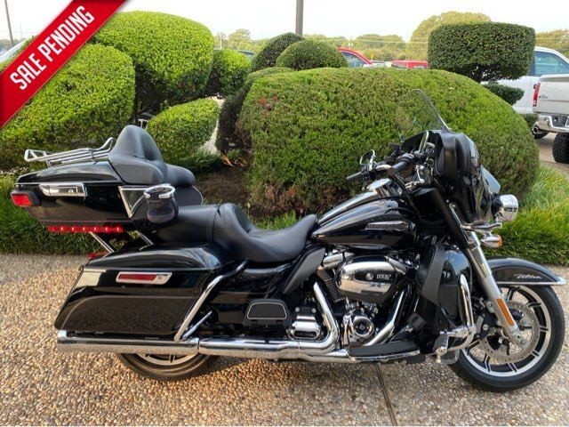 2017 Harley-Davidson Ultra Classic in McKinney, TX 75070