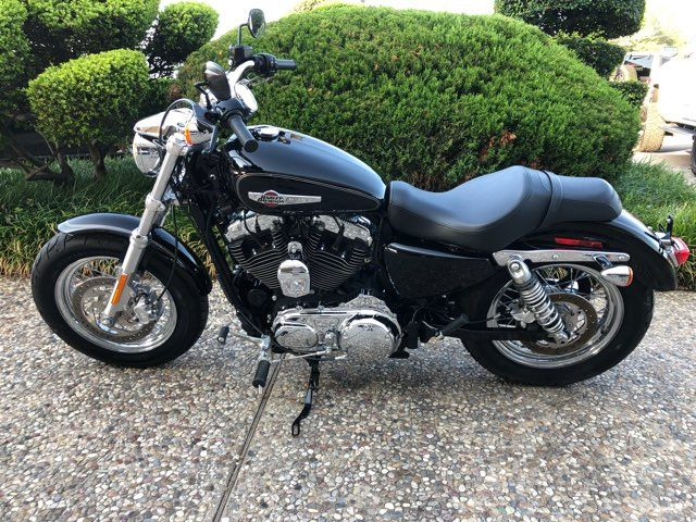 2017 Harley-Davidson XL1200 Custom ONLY 1357 MILES in McKinney, TX 75070