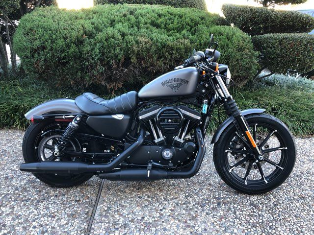 2017 Harley-Davidson XL883 Iron ONLY 2011 miles
